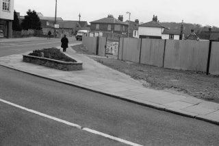 c1957, during demolition of The Saracen's Head | Hertfordshire Archives & Local Studies (HrtCpl_0142-01_02)