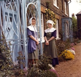 Replicas of 15th and 16th century costumes | Veronica Humphreys