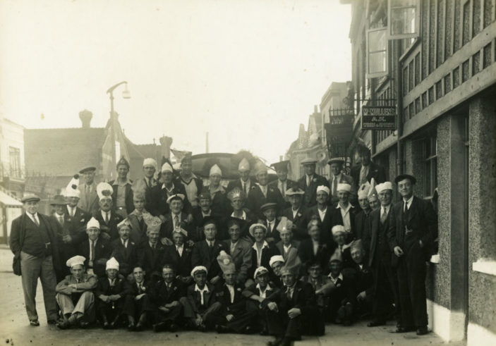 Locals outside in the 1930s  | Hertfordshire Archives ref PC50