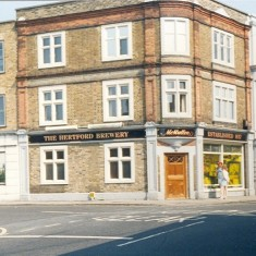 McMullens Brewery shop, Cowbridge, Hertford | Heather MacDonald