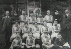 Identifying players in a Cowper Testimonial team photo