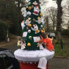 Hertford Yarn Bombers Post Box Decorations, Christmas 2020 | Geoff Cordingley