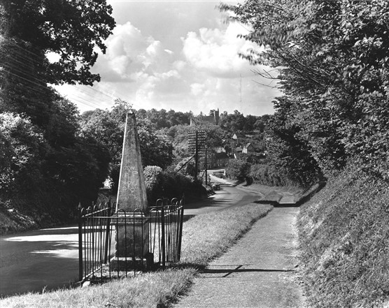 The Monument in the 1950s | Hertfordshire Archives and Local Studies