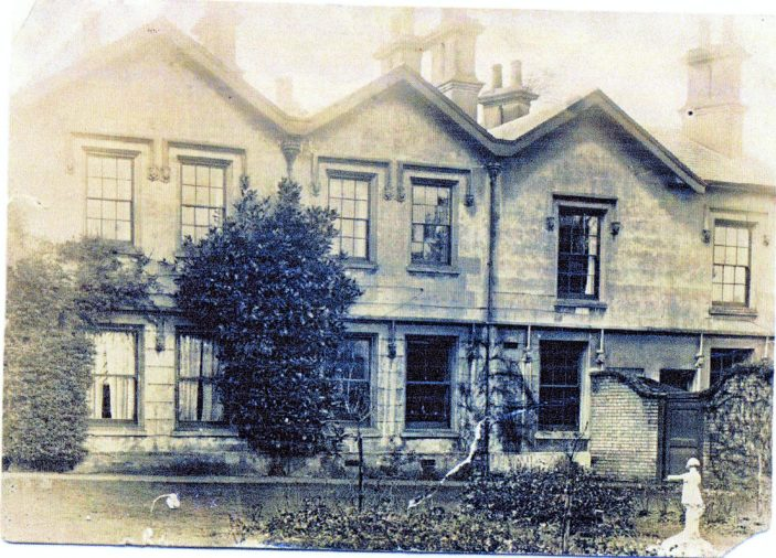 Bengeo Lodge front   Jeffreys family