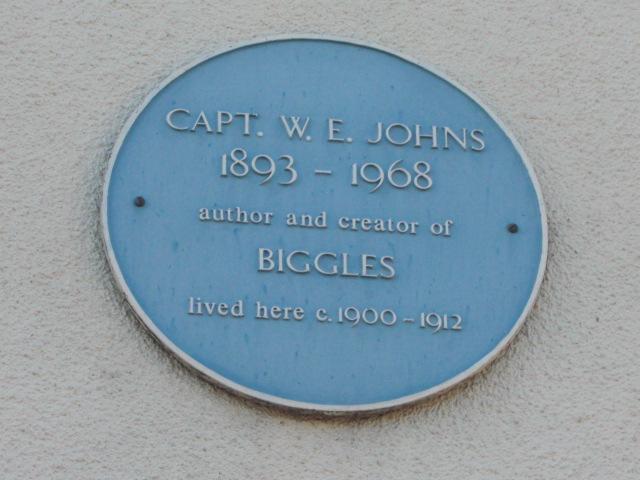 The plaque on the side of 41, Cowbridge   Geoff Cordingley
