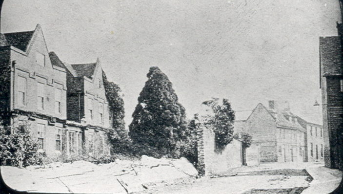Cowbridge House.  The only remaining part of this house is Hartham Chapel at the end of Hartham Lane   Hertfordshire Archives and Local Studies, Mr Elsden