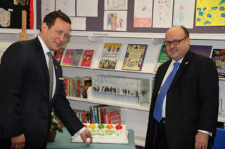 Cutting the cake | Dave Hewitt, Vice Chairman HCC