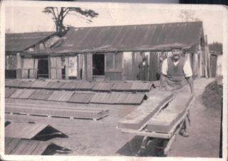 Joseph Neaves at work in Ware Brickfields | C Wallis
