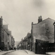 Kibes Lane (with the Jolly Bargeman on the left) in the 1920s.  The whole street was demolished in 1936. | Hertfordshire Archives and Local Studies
