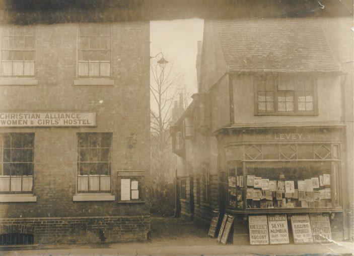 Thomas Levey's stationery shop can be seen on the right of this photograph | Hertfordshire Archives & Local Studies