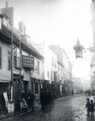 The Maidenhead Inn sign (c. 1895) can be seen on the left