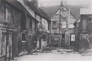 Maidenhead Yard