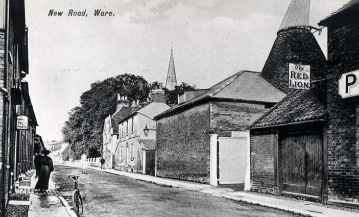New Road - showing buildings to the right now gone | Hertfordshire Archives and Local Studies