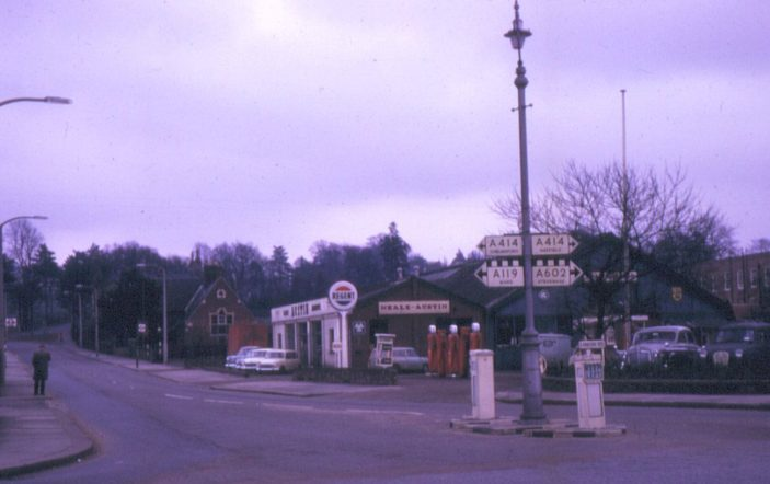 Neale's Garage; London Road | (c) Peter Ruffles