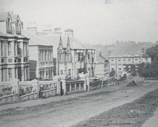 Lower Queen's Road | (c) Mr Elsden