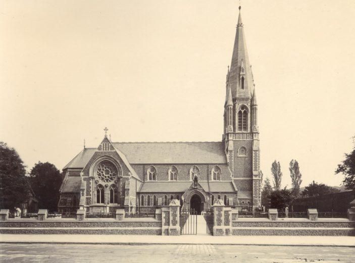 St Andrew's church, c. 1907 | Hertfordshire Archives & Local Studies
