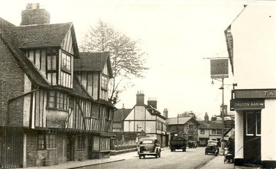 St. Andrew Stree, Hertford, 1953   Hertfordshire Archive and Local Studies