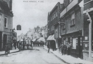 The Star Inn (on the right) c1900 | Ware's Past in Pictures