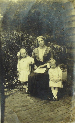 Rene, right, with her mother and older sister?