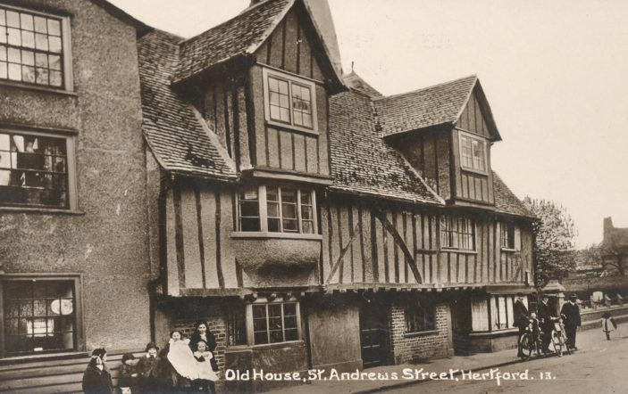 St Nicholas Hall, formerly known as The Verger's House, c. 1915 | Hertfordshire Archives & Local Studies