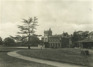 Ware Park Sanatorium in the early 1920s | HALS (cv)