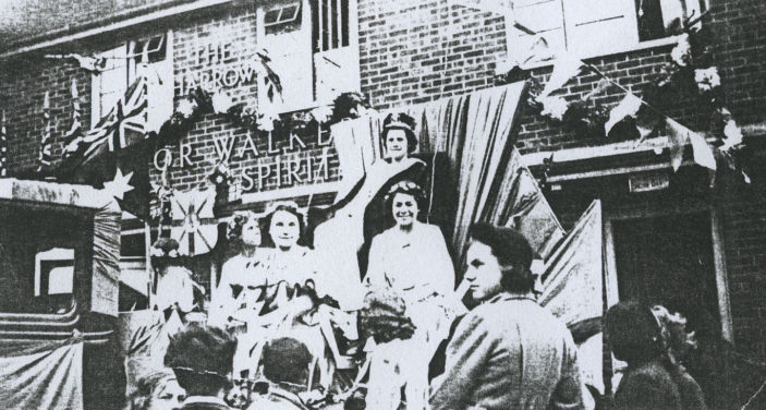 Miss Raymen, Carnival Queen outside the pub in 1939